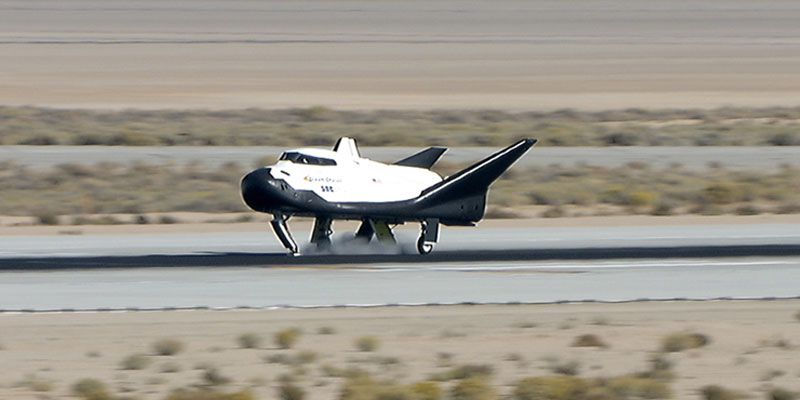 Sierra Nevada Corporation's Dream Chaser spacecraft has successfully completed a free flight glide test.