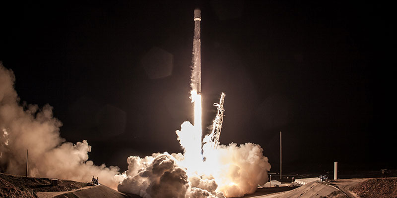 Twitter exploded with UFO hysteria following the launch of the Iridium-4 Falcon 9.