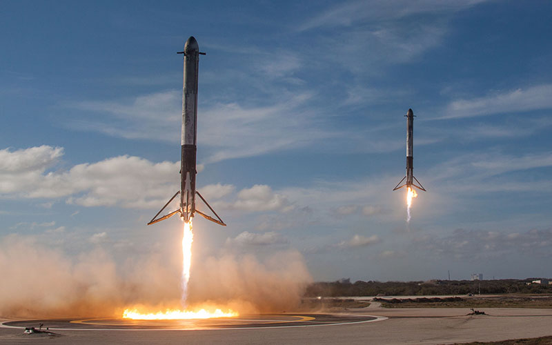 Following the launch of the Falcon Heavy, the rocket's two boosters landed in unison back at the Kennedy Space Center.
