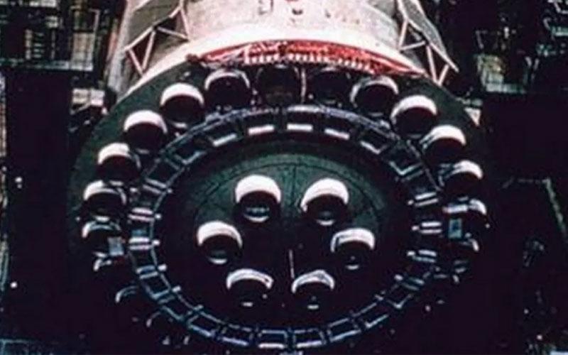Soviet N1 Moon Rocket Engines.