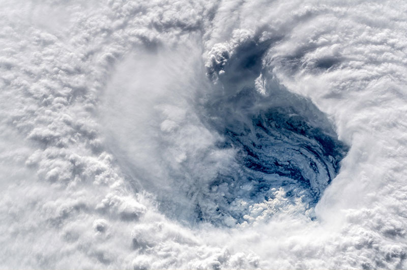 Alexander Gerst snaps chilling pictures of Hurricane Florence.