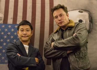 SpaceX has revealed that Yusaku Maezawa will be the first commercial passenger for the provider's BFR vehicle.