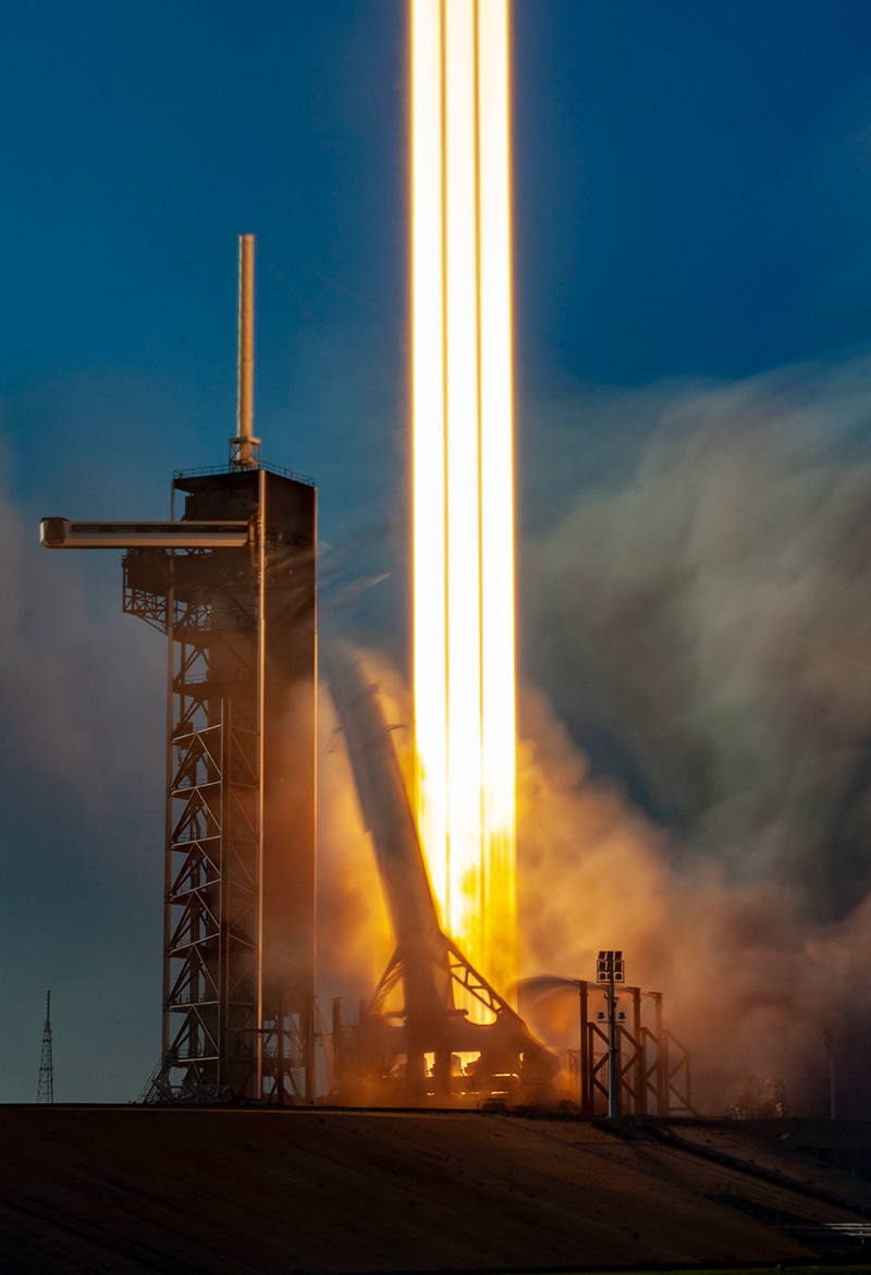 SpaceX Falcon Heavy Arabsat-6A Gallery - Image 6.