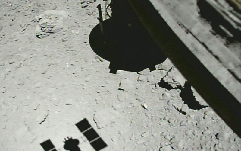 Japan has successfully deployed the Small Carry-on Impactor to the surface of Ryugu from the Hayabusa2 spacecraft.