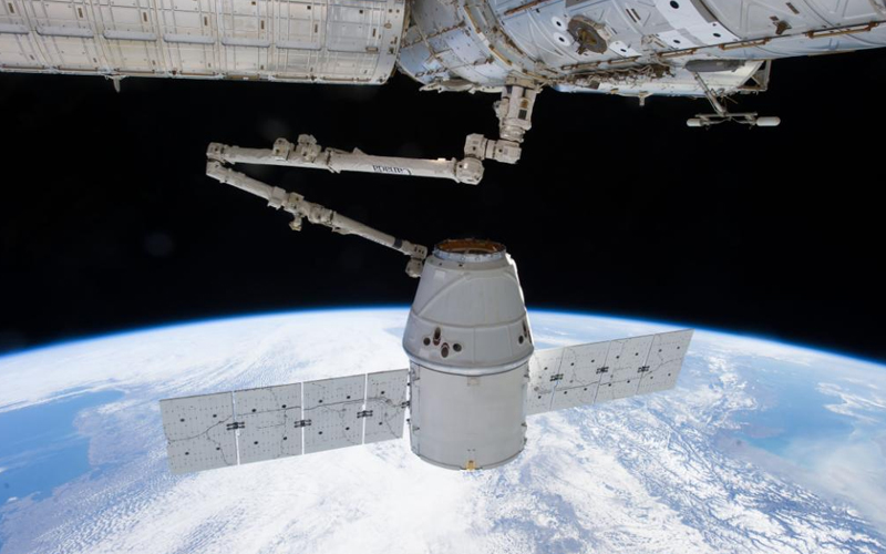 SpaceX deliver 2,500 kilograms of cargo and supplies to the International Space Station.