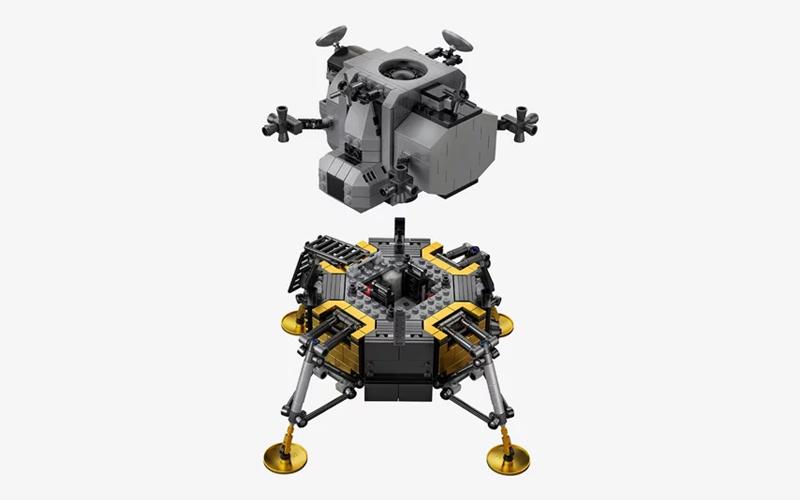 LEGO Creator Expert NASA Apollo 11 Lunar Lander gallery image 2.