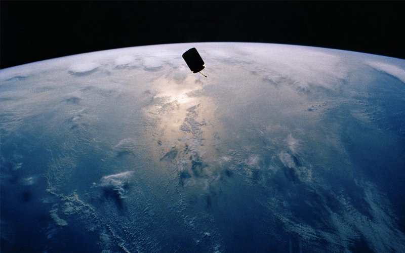 STS-49's primary mission was to capture and redeploy INTELSAT VI (F-3).
