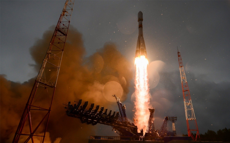 Russian launch Meridian 18L communications satellite aboard Soyuz 2.1a.
