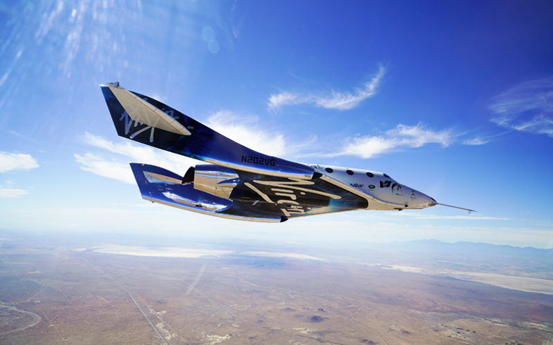 Virgin Galactic has announced plans to merge with Social Capital Hedosophia and go public.