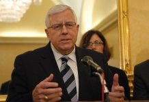Senator Mike Enzi has expressed concern that several NASA programs are delayed and over budget.