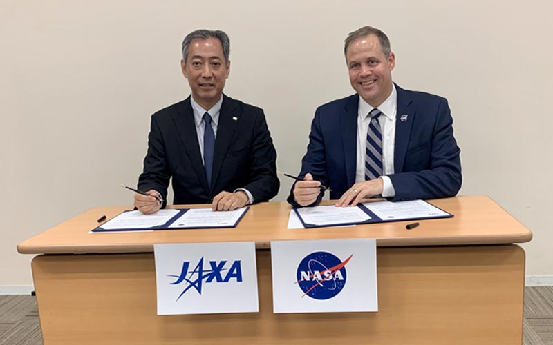 NASA and JAXA sign a statement of cooperation to explore the Moon and beyond.