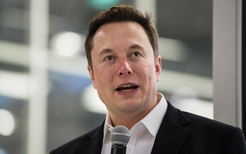 Elon Musk tweet using the SpaceX Starlink network.