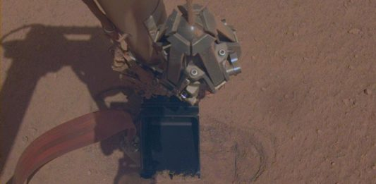 "NASA InSight lander continues to dig into Martian surface with ""Mole"" probe."