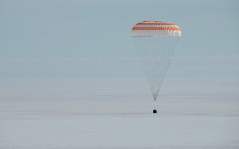 Christina Koch returns to Earth after 328 days in space - gallery 1.