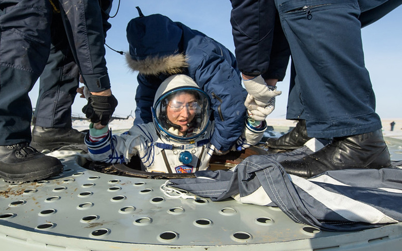 Christina Koch returns to Earth after 328 days in space - gallery 3.