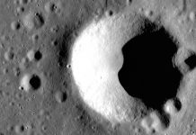 NASA proposes to construct a large radio telescope on the far side of the Moon.