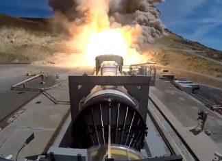 NASA test five-segment SLS solid rocket booster.