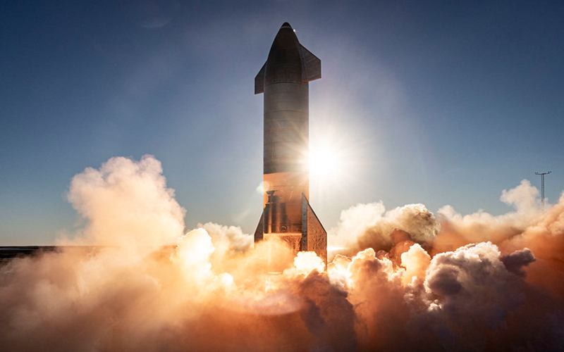 SpaceX launched the high-altitude SN8 Starship flight test that concluded with the destruction of the vehicle.