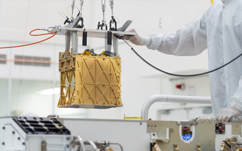 The MOXIE instrument aboard NASA' Perseverance rover extracts breathable air from the Martian atmosphere by separating oxygen atoms from carbon dioxide molecules.
